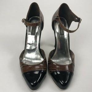 White House Black Market Selena Cap Toe Heel